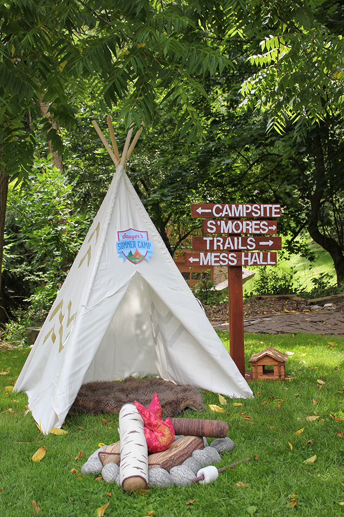campfire and teepee, Summer Camp Tablescape, camping, s'mores, kids party, lanterns, trail mix, camping party, summer camp party