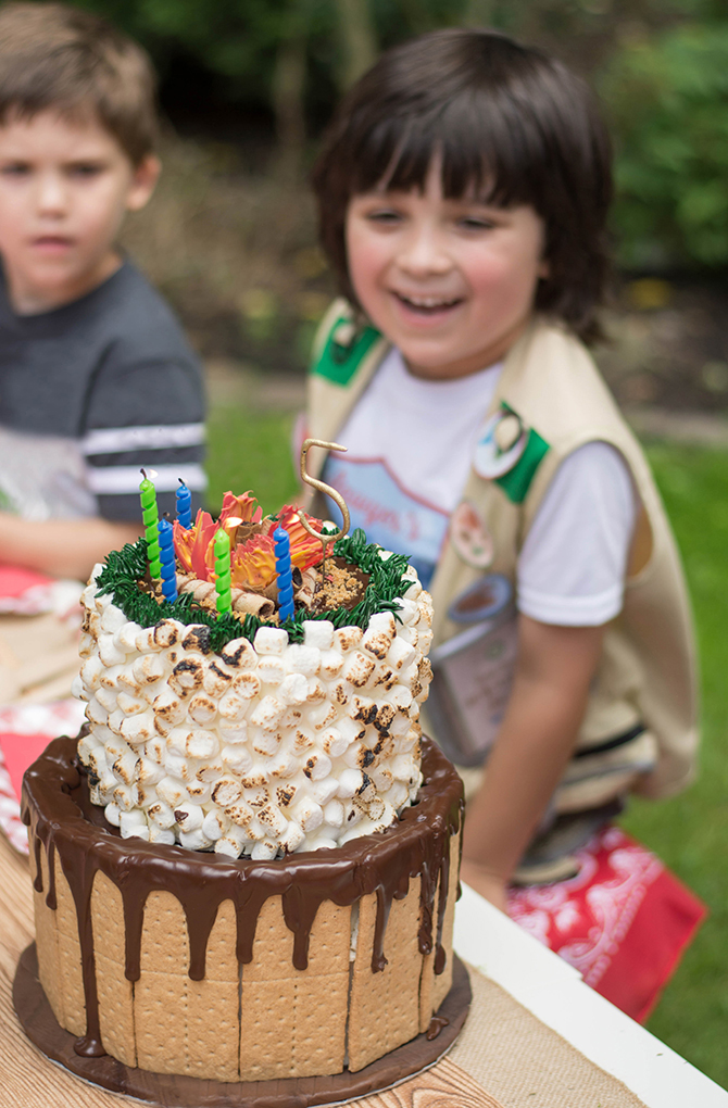 s'more cake, birthday cake, Summer Camp Tablescape, camping, s'mores, kids party, lanterns, trail mix, camping party, summer camp party