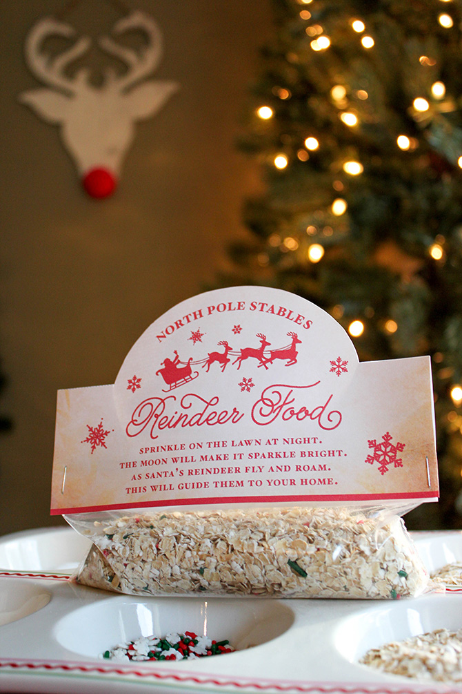 reindeer food, reindeer food free printable, reindeer food recipe and bag topper free printable, just add confetti, just add confetti free printables, diy reindeer food, how to make reindeer food, reindeer food kids activity, kids Christmas, Christmas activity for kids, North Pole Stables, free printable, Christmas, guide reindeer to your home, Christmas fun, Christmas magic, reindeer, Pittsburgh blogger, printable, reindeer food recipe, reindeer food bag topper, party blogger, treat bag topper,
