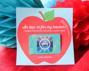 "An ""app-le"" for Teacher: App Store Gift Card Idea and Printable"