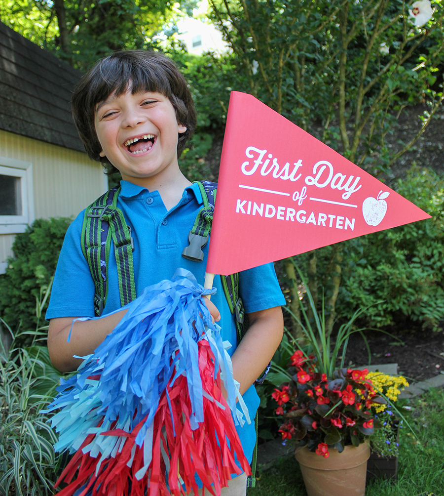 first and last day of school free printable signs, back to school, free printable, Just Add Confetti, first day of school, first day of school sign, last day of school, last day of school sign, first day of school flag, last day of school flag, editable PDF, first day of school photo, back to school photo, graphic design, free, printable